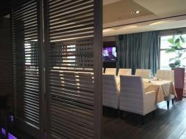 Светлый Restaurant&Bar Полу-кабинет 0
