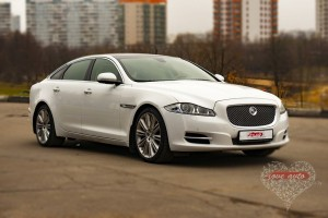 Love Avto Jaguar XJ  0