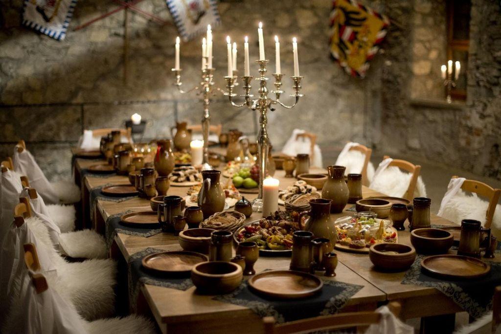 нужно, стола в средневековье картинка хотел нем поработать